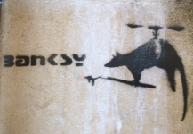 1999 - SA - UK - Bristol - Rat w propeller painting banksy tag - HSH p105