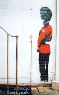 2003:07:18 - Original - Royal guard pees againt wall - Turf War