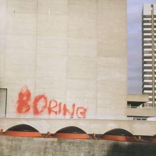 2004 - SA - UK - London - Boring - Wall and piece p127