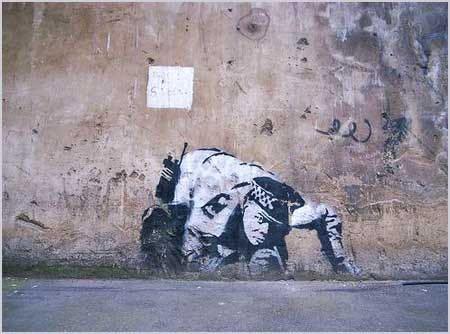 2005 - SA - UK - London - Waterloo - Snorting copper - Banksy unmasked