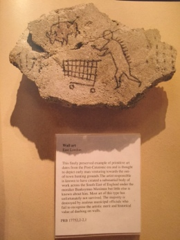 2005:5 - London - British Museum - Stoneage trolley - Wall and piece p186