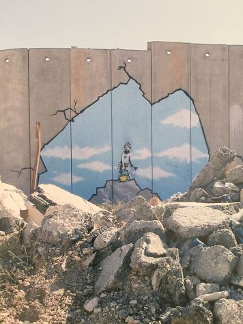 2005:8 - SA - West Bank - Boy at Ramallah Checkpoint - Wall and Piece p141