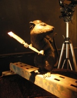 2006:09:16 - Original - Barely Legal - Rat w brush - souris hp Flickr