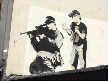 2007:10 - Bristol - Sniper and boy - Banksyweb