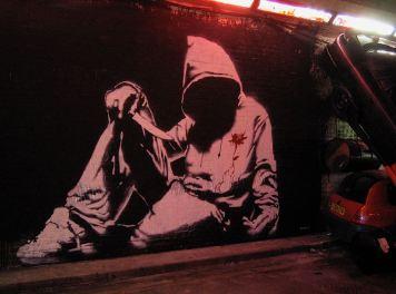 Hooded man w knife