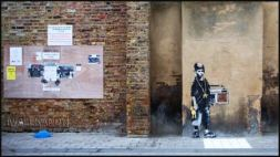 2009:2:28 - SA - London - Kid w ghetto blaster - Arrested Motion