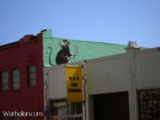 2010:4:25 - SA - San Francisco - Rat w spray can painting rat - Arrested Motion