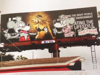 2011:02 - SA - USA - Los Angeles - Drunk Mickey - Where's Banksy p161