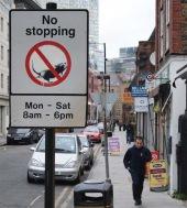 2011:12:12 - SA - London - No stopping w rat - Banksyweb